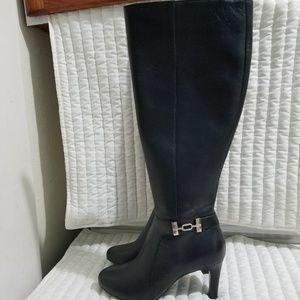 BANDOLINO Lamari Black Leather Heeled Boot